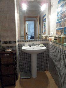 Main_bathroom
